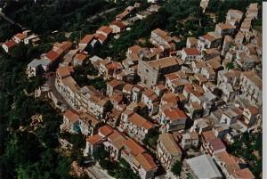 centro storico di Acquappesa foto Osvaldo Zimmaro 1995