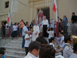 2 luglio: inizio processione