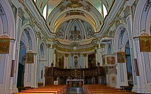 interno-chiesa-madre2